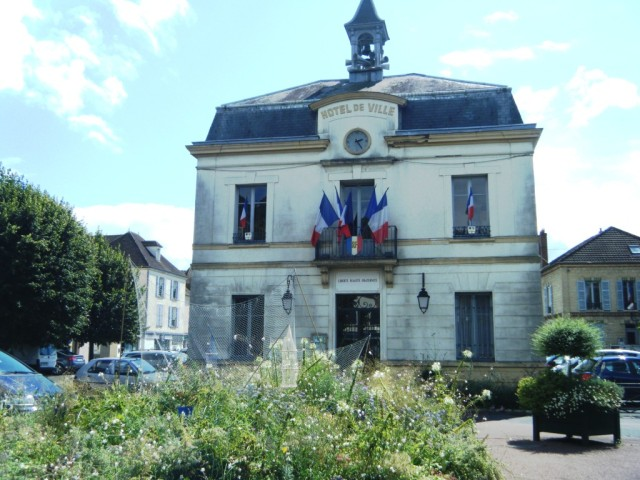 The Town Hall at Auvers today.