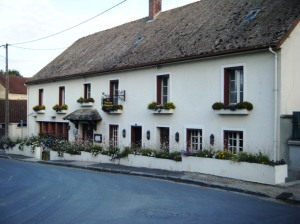 Restaurant and Auberge 'La Touraine Champenoise' in Tours-sur-Marne.
