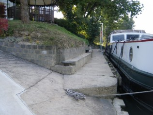 Endellion moored at Epernay - to the left is a very steep slop for the wheelchair.