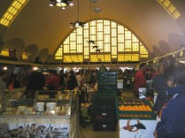 Les Halles du Bouingrin covered markets.