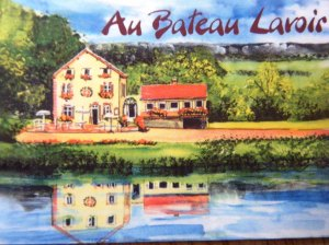 Photo of the Au Bateau Lavoir business card, as delightful as it looks here.